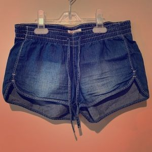 Mudd lightweight jean shorts
